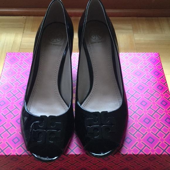 125314343ef TORY BURCH Lowell 2 65mm peep-toe wedge 7.5 Black.  M 5b38f103c89e1d412bc38531